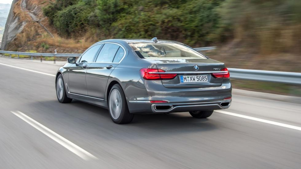 BMW Serie 7 2015 dinamica trasera