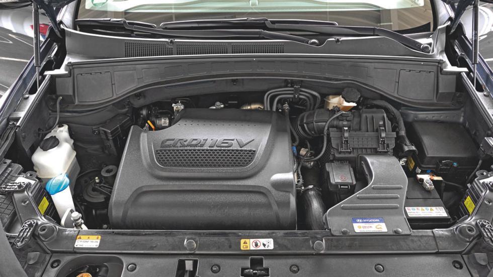 Hyundai Grand Santa Fe motor