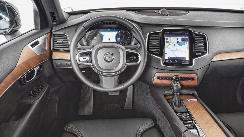 Volvo XC90 salpicadero