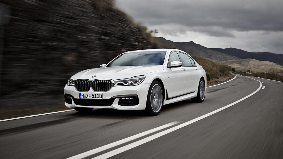 Nuevo BMW Serie 7 2015 curva
