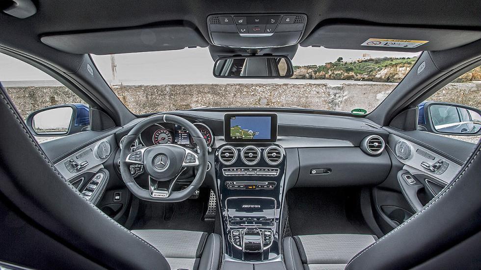 Mercedes C 63 S interior
