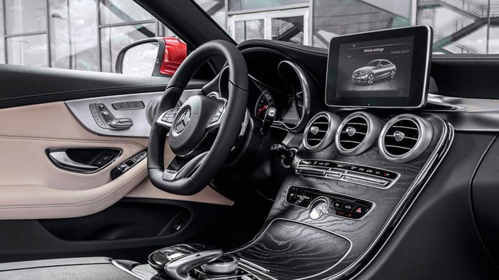 Mercedes Clase C Coupé 2015 volante