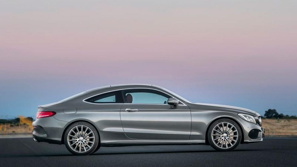 Mercedes Clase C Coupé 2015 lateral