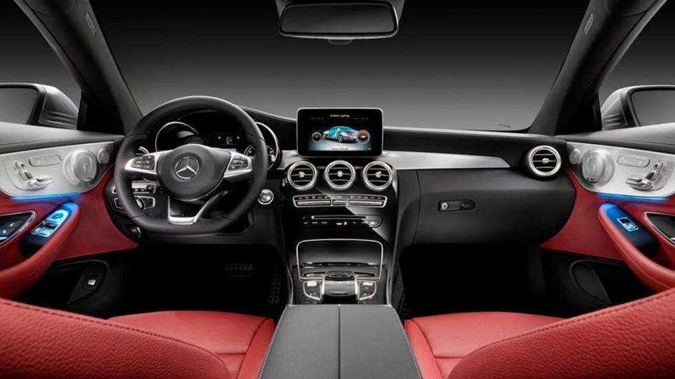 Mercedes Clase C Coupé 2015 salpicadero