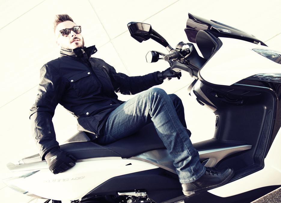 Botas cortas AXO Asphalt y  Hipster en scooter