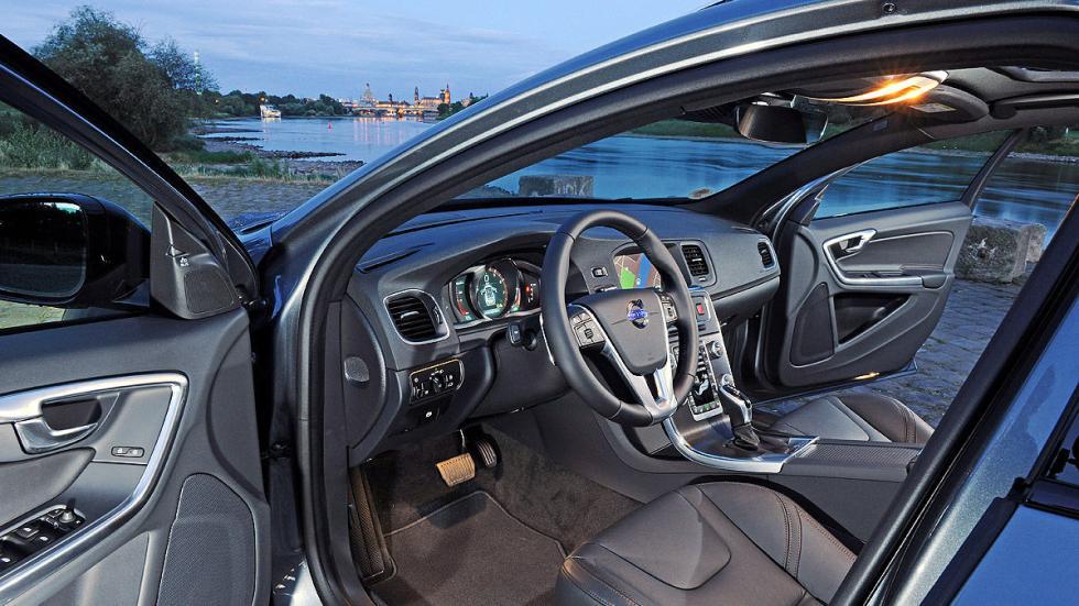 Test: Volvo V60 Cross Country detalle interior