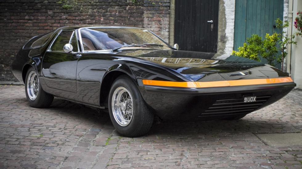 Ferrari 365 GTB/4 Shooting Brake negro