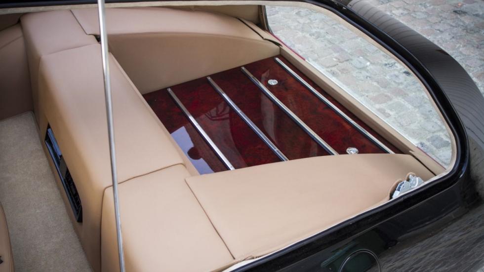 Ferrari 365 GTB/4 Shooting Brake carga