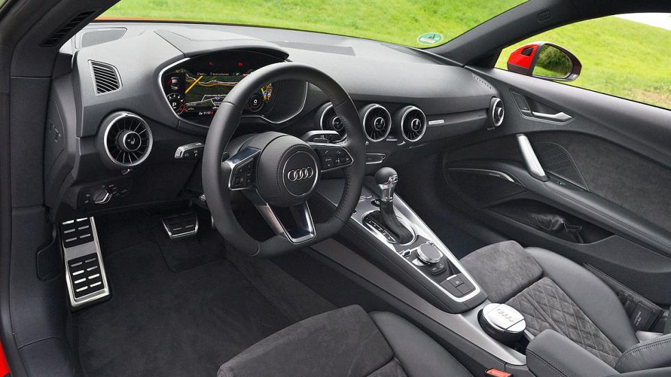 Audi TT interior volante