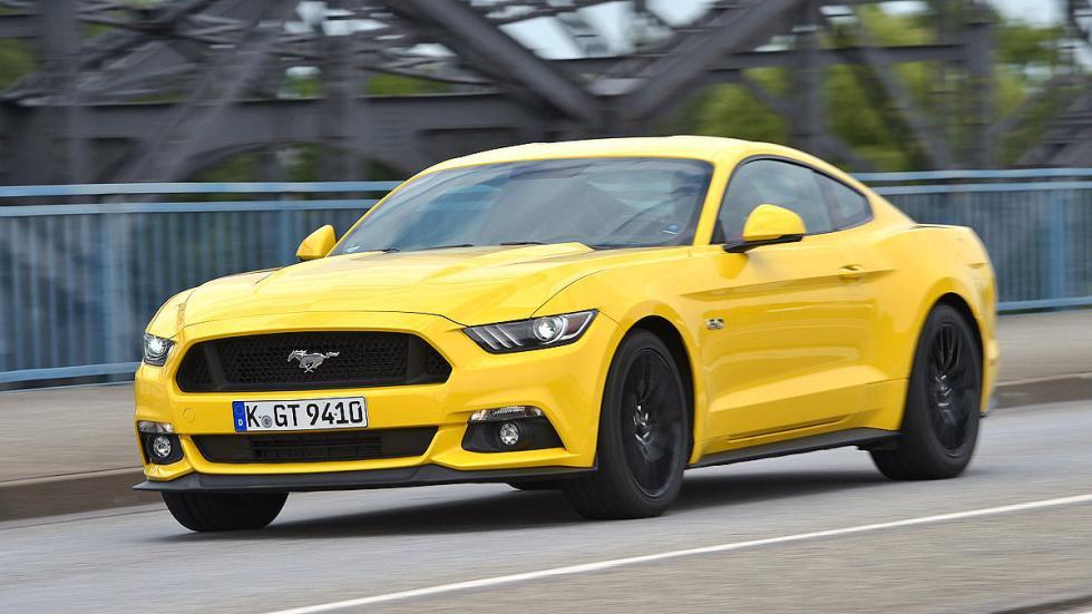 Ford Mustang zaga morro