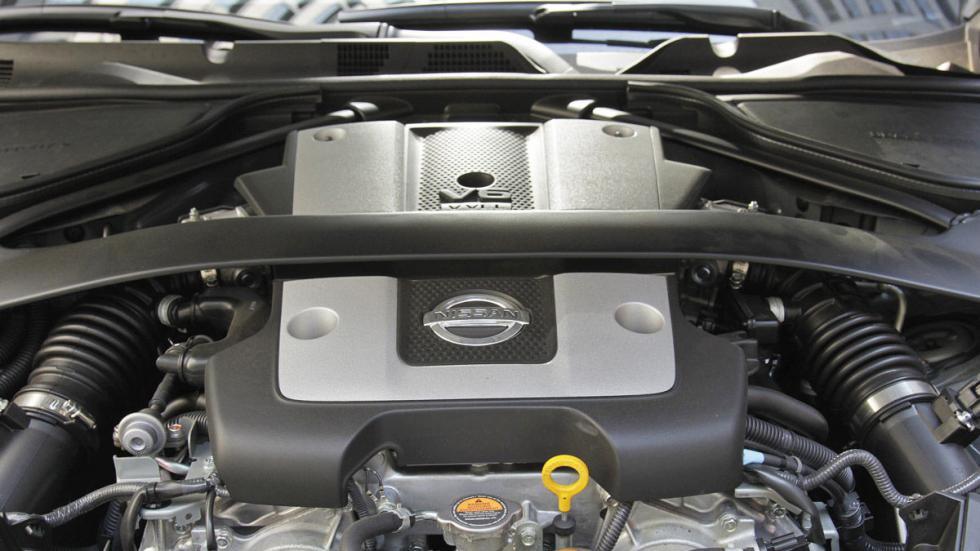 Nissan 370Z  morro motor