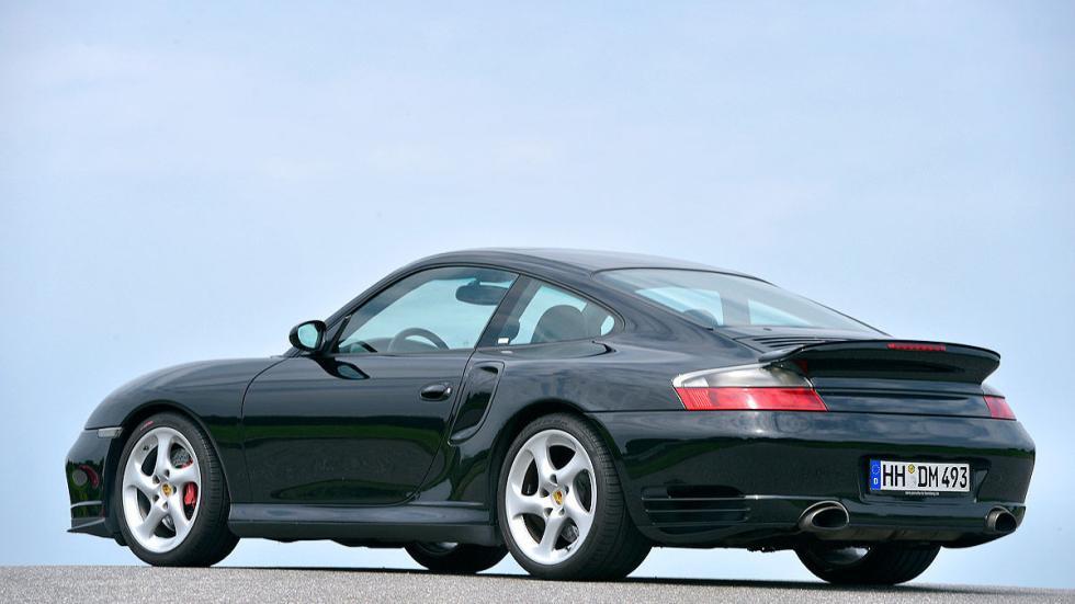 Porsche 911 Turbo zaga estática