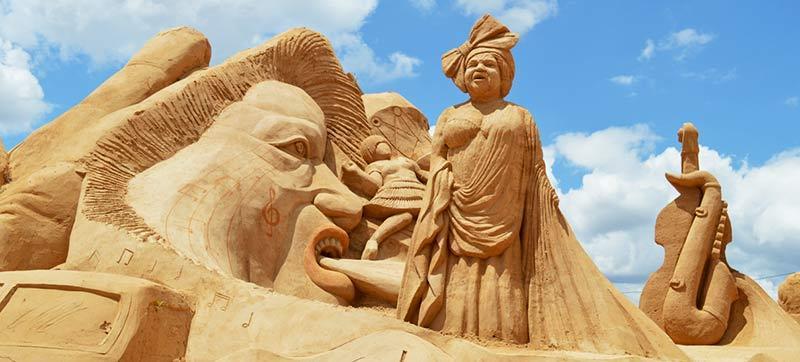 Festival Internacional de Esculturas de Arena de Armaçao de Pêra, en el Algarve