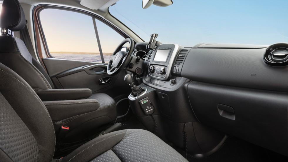 Opel Vivaro Surf 4