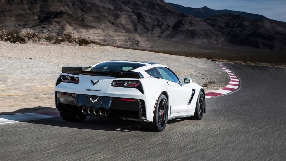 muscle-cars-más-deseados-chevrolet-corvette-zaga