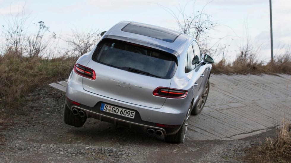 mejores-coches-según-consumer-reports-porsche-macan-zaga