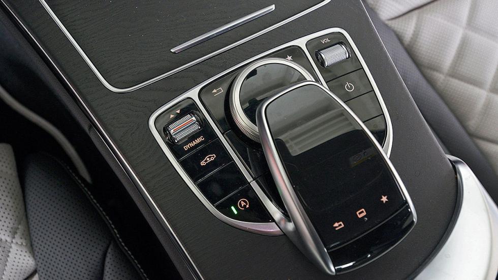 Mercedes Clase C detalle