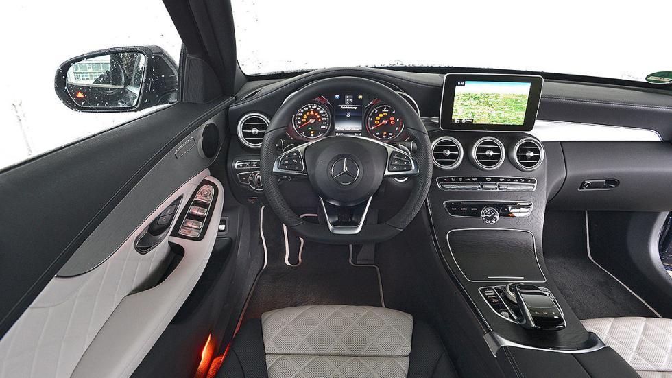 Mercedes Clase C detalle interior