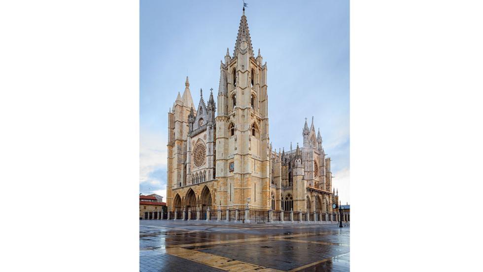 Catedral de León. Foto: Catedral Gótica de Santa María, en León.