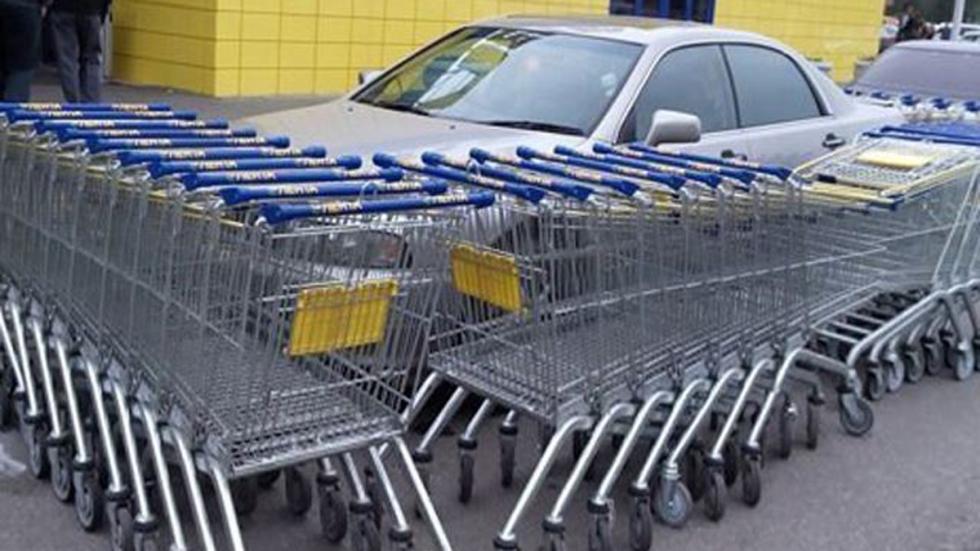 castigo-conductores-aparcan-mal-carros