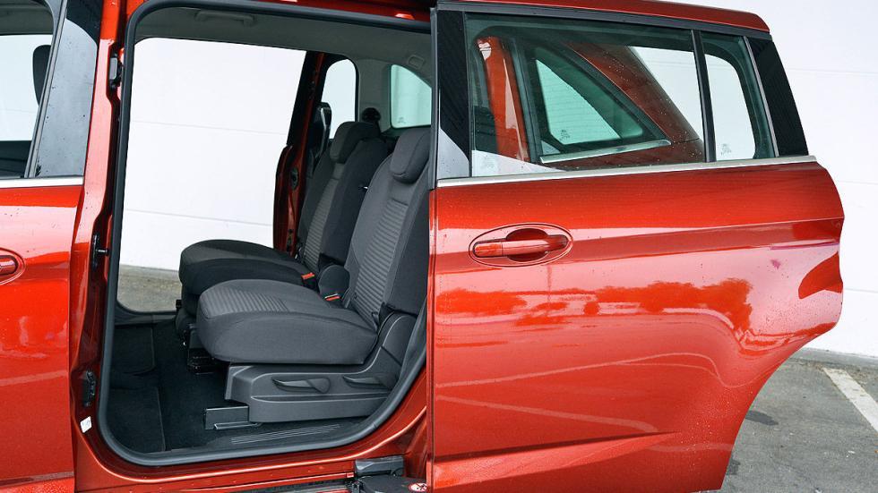 Ford Grand C-MAX puerta