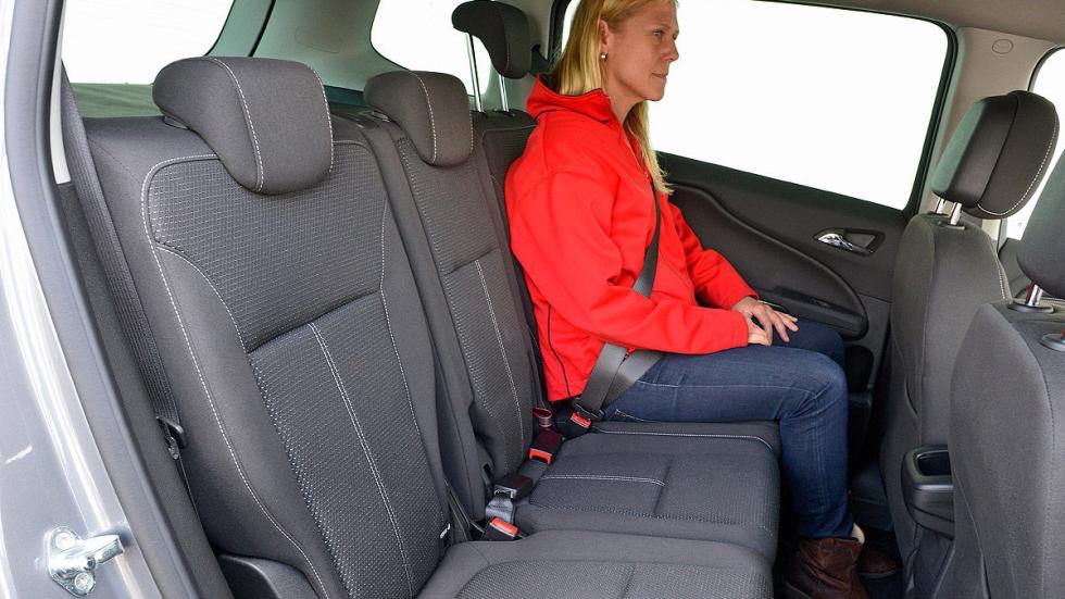 Opel Zafira interior traseras