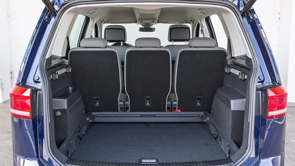 Volkswagen Touran interior maletero