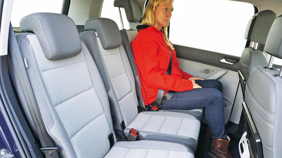 Volkswagen Touran interior traseras