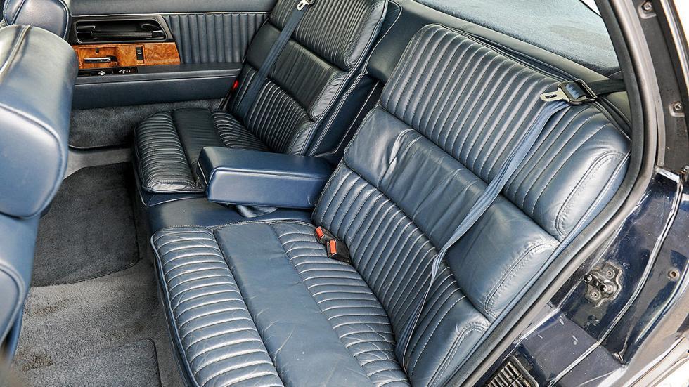Buick Park Avenue detalle interior traseras