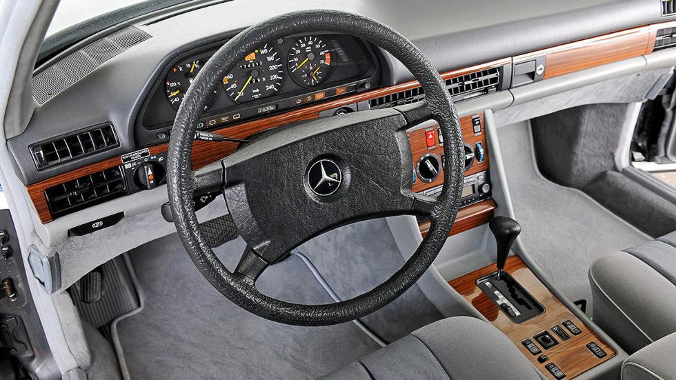 Mercedes 300 SE (W 126) detalle interior
