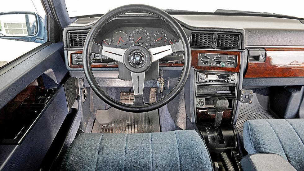 Volvo 760 detalle interior