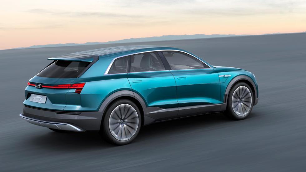 Audi e-tron quattro concept lateral trasera