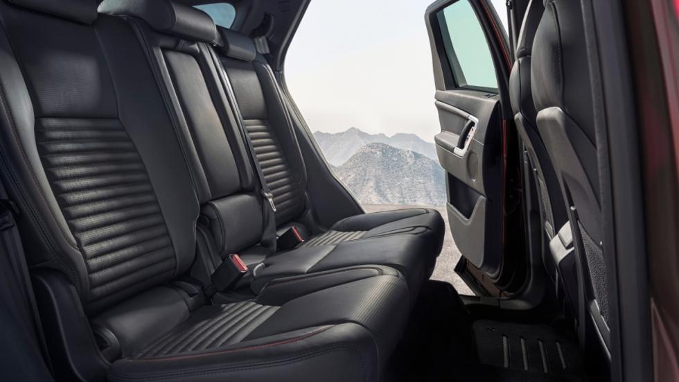 Land Rover Discovery Sport segunda fila