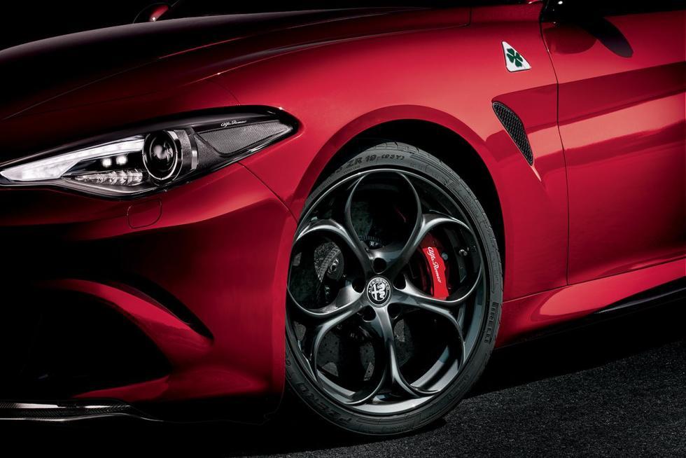 Alfa Romeo Giulia QV detalle
