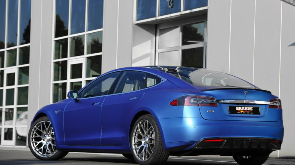 Tesla Model S de Brabus trasera