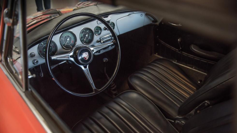 interior de este 356C