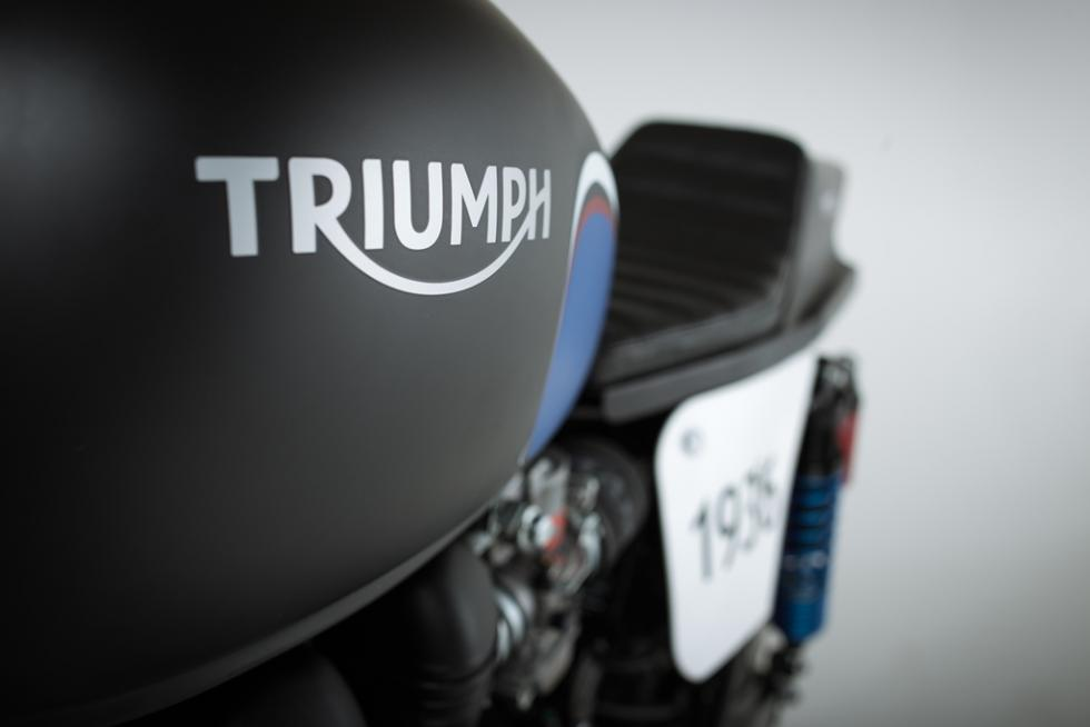 Triumph-Barbour-evento-sorteo-motos