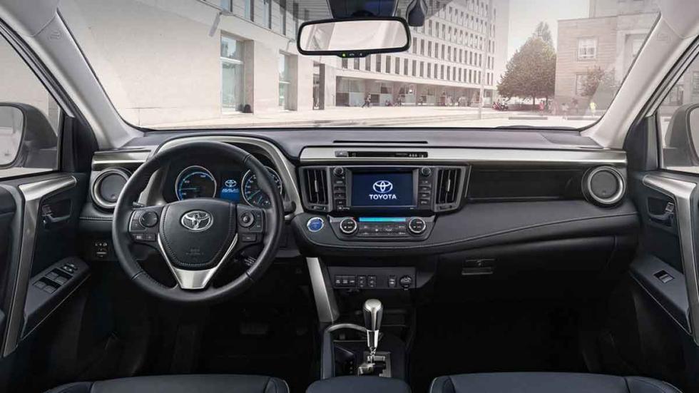 Toyota RAV4 Híbrido interior