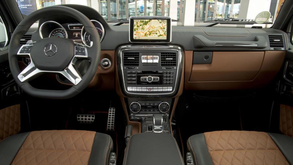 Mercedes clase g 2018 cazado por fuera y por dentro for Interior mercedes clase a