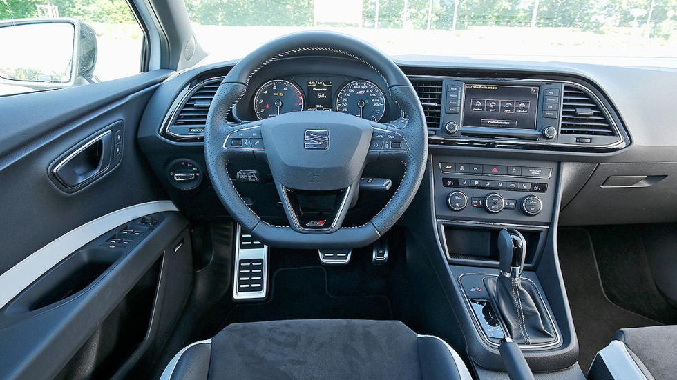 Leon ST Cupra 280 interior