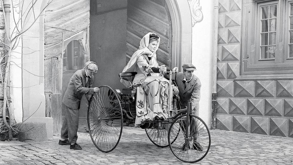 Benz Patent-Motorwagen delantera