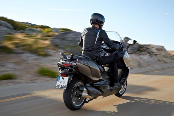 BMW-C650-GT-2016-Side-View-Assist