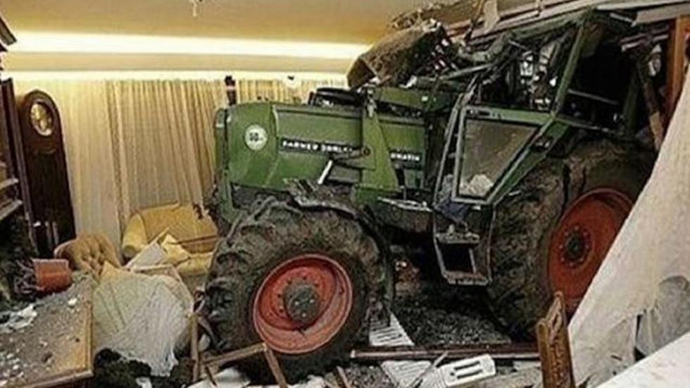 accidente-tráfico-inexplicable-tractor