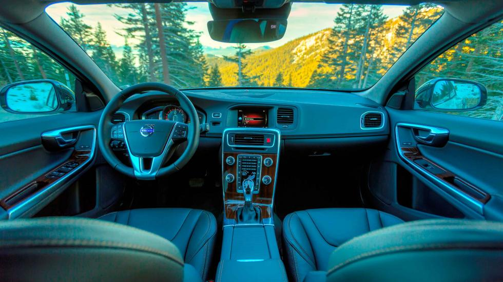 volvo V60 Cross Country 2016 interior
