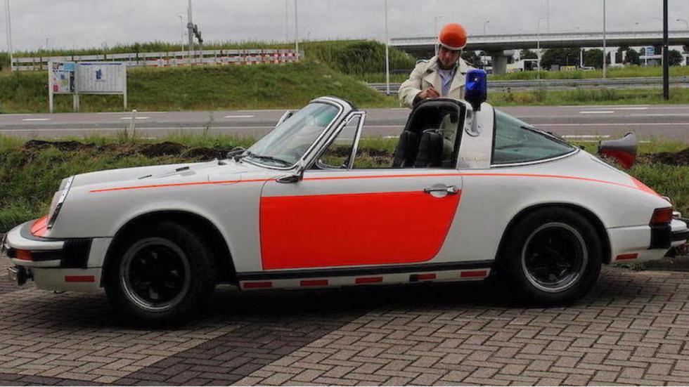 Porsche 911 Targa policía holandesa lateral