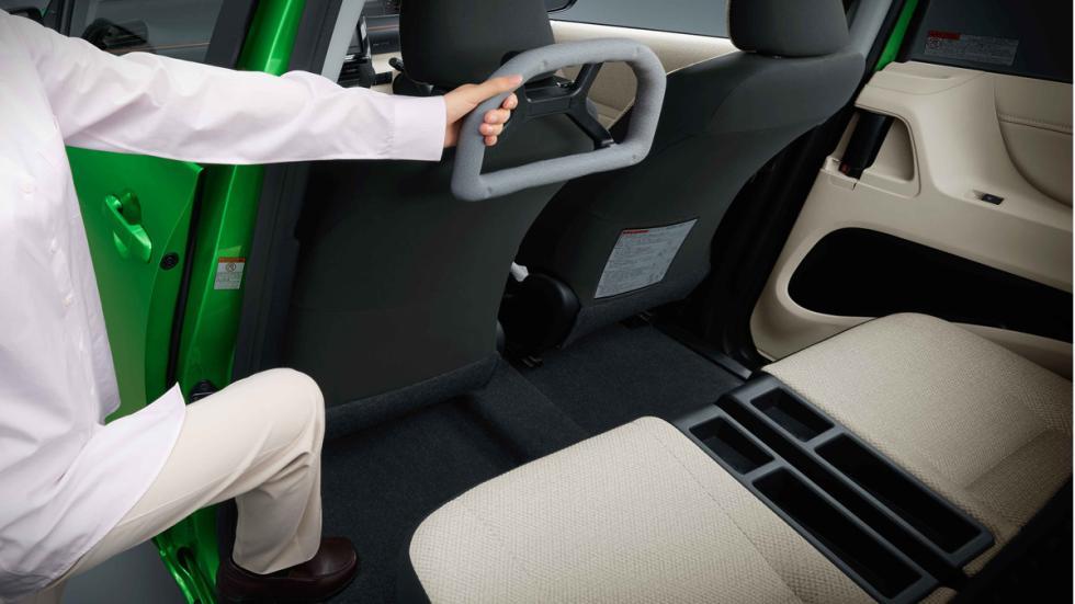 Toyota diseña asientos especiales para personas con movilidad reducida
