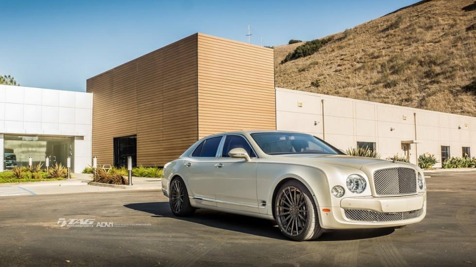 Bentley Mulsanne llantas 22 pulgadas