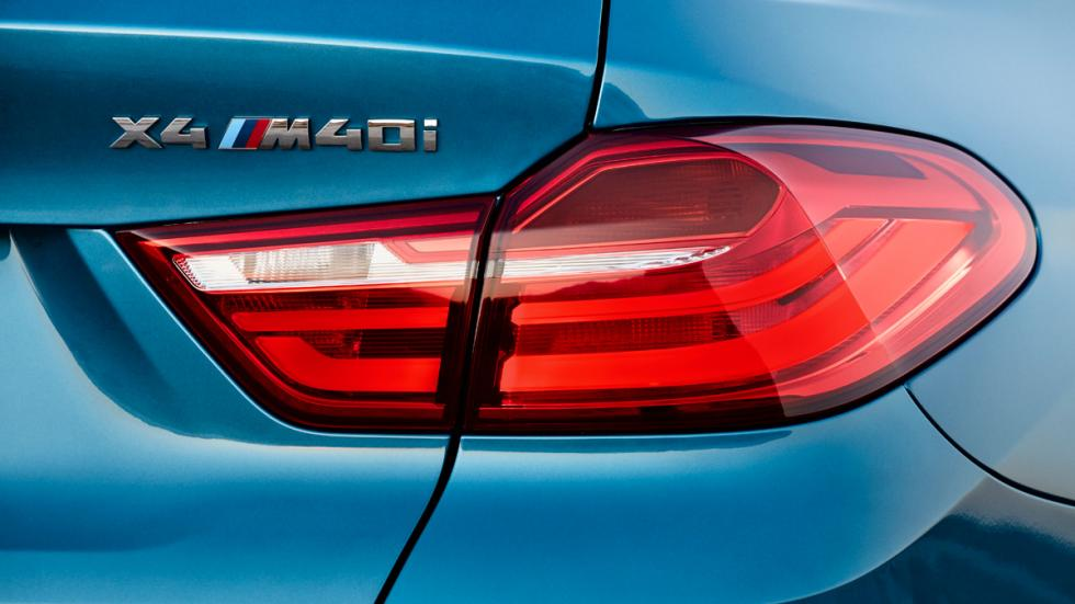 BMW X4 M40i logo