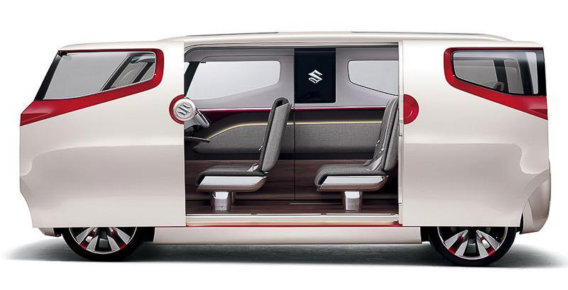 Suzuki Air Triser lateral e interior