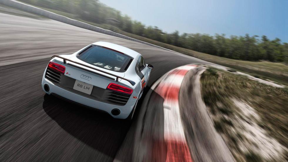 Audi R8 LM  trasera